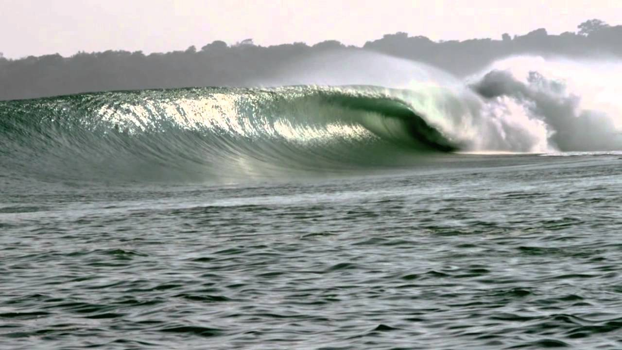 Jaw Dropping Indonesian Barrels