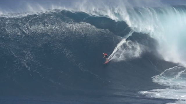 Surfing Jaws & Big Wave Moments