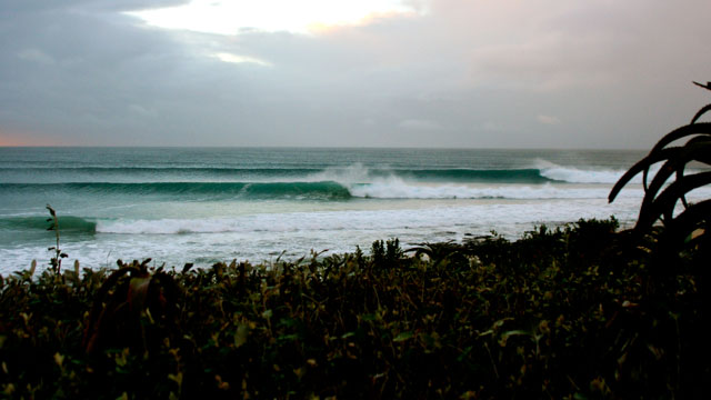 Jefferies Bay – Supertubes – Pumping for International Surfing Day