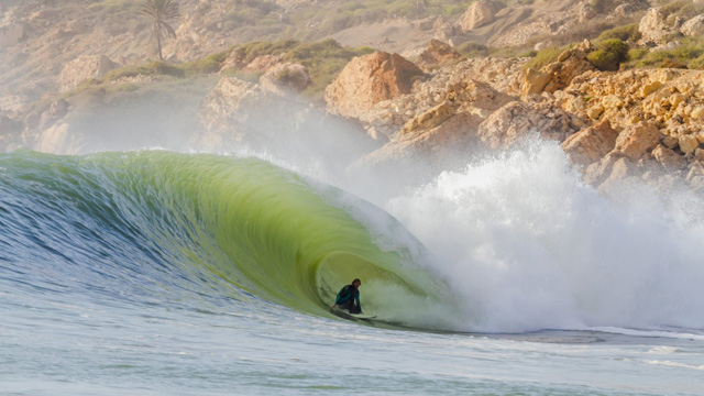 Wow… Just Wow.  Big, Perfect Left and Right Hand Barrels