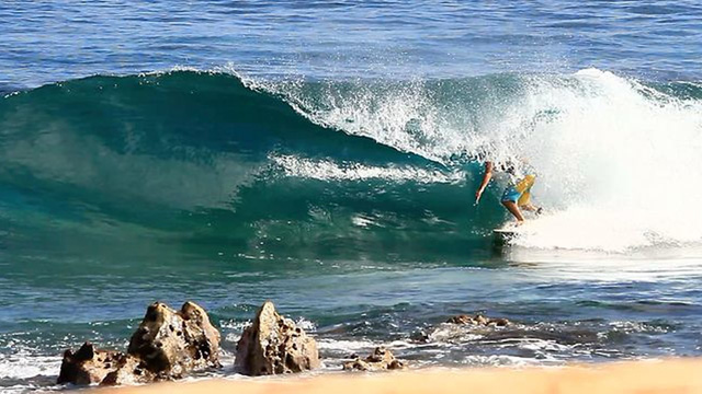 Mason Ho Dodging Rocks, Pulling Rodeo's and 360s in the Shorebreak