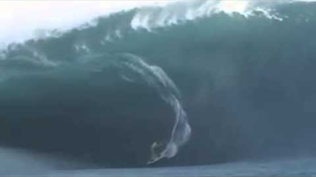 Teahupoo Epic Slow Motion Drop in