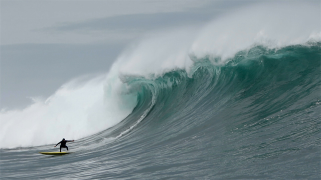 Massive Paddle Waves In Chille