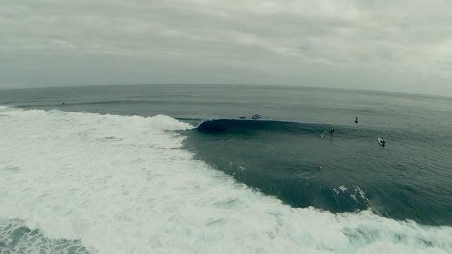 Surfing Cloudbreak by Drone Video