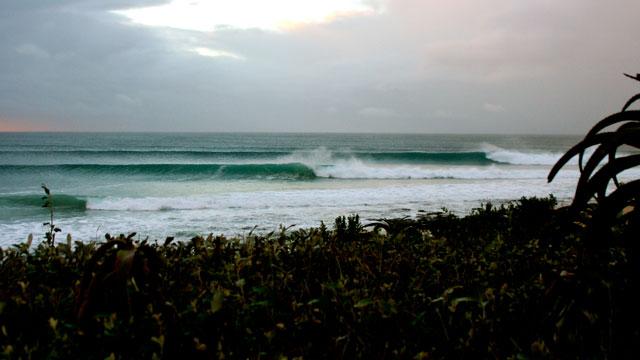 Jefferies Bay – Supertubes – Pumping for International Surfing Day