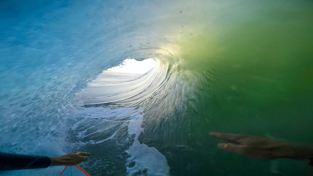 Deep Barrel Ride by Max Lindsay – GoPro of the World Entry