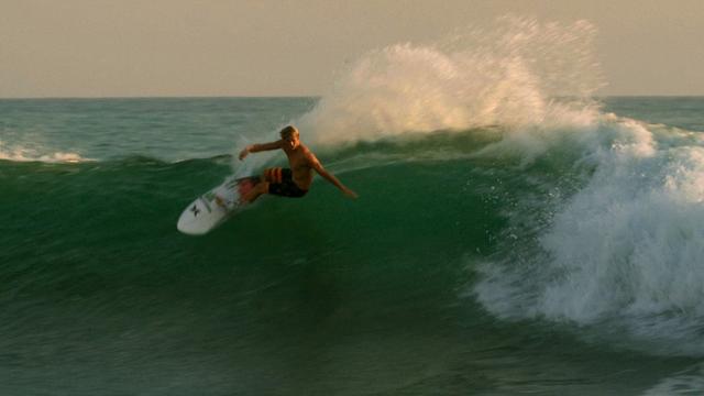 Mick Fanning & Friends Freesurfing Lowers