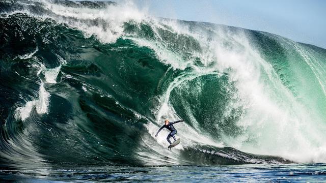 Mick Fanning & Mark Mathews Surf Shipstern Bluff