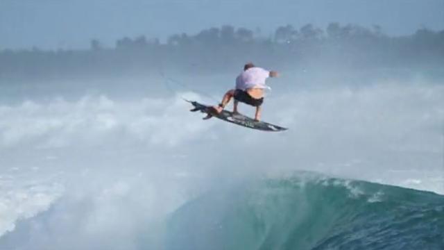 Surfing Macaronis Resort in the Mentawai Islands